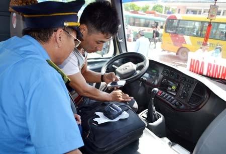 Nhiều đơn vị vận tải vẫn chưa thực hiện nghiêm túc việc kiểm tra tốc độ và gửi thông báo hợp đồng vận chuyển cho Sở GTVT trước khi thực hiện hợp đồng.