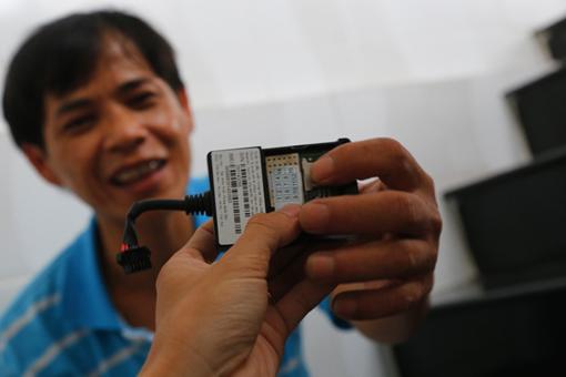 Bộ thiết bị định vị cho xe máy được bán với giá khoảng 1,3 triệu đồng